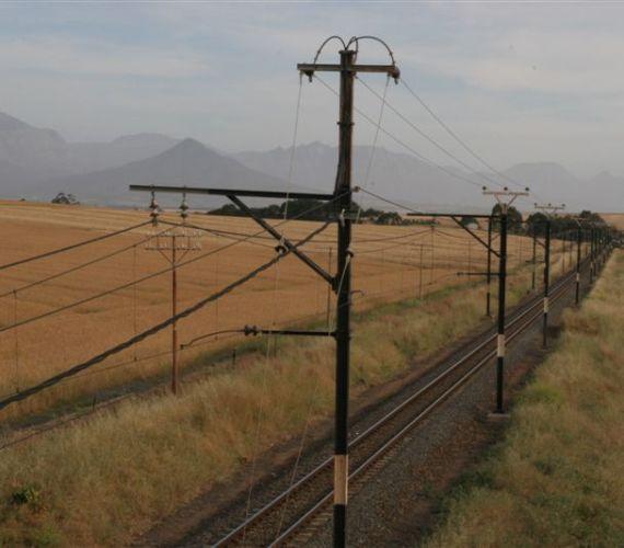 R44 wheatfields & railway tracks (42)
